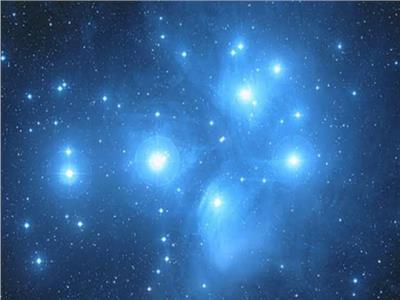 اكتشاف طريقة تسمح للمركبات الفضائية التجوال بسرعة الضوء