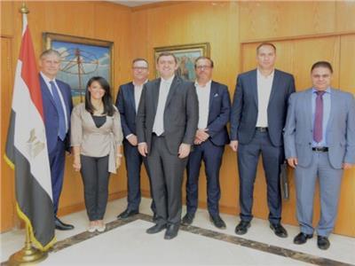 وزيرة السياحة  تلتقى مسئولي شركة«Easy Jet» لمناقشة سبل زيادة الحركة السياحية