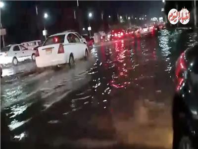 فيديو| شوارع مدينة نصر تغرق في «شبر ميه»