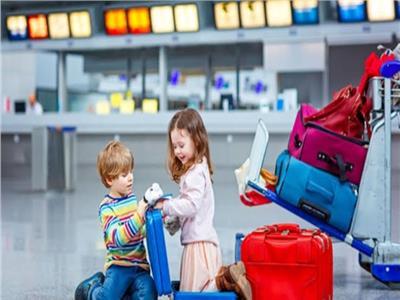 صدق أو لا تصدق  جليسات مخصصة للأطفال على متن رحلات الطيران