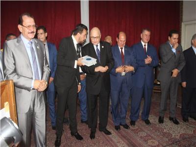 صور| وزراء ومحافظين في احتفالية حزب «الغد» لتكريم أسر شهداء أكتوبر