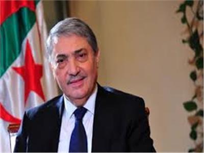 الأمن الجزائري يكشف مخططا لاختراق قوى أجنبية لحملة المرشح الرئاسي بن فليس