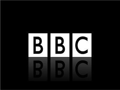 بريطانيا تتهم BBC بالتحيز.. وتؤكد: ندرس إمكانية سحب ترخيصها
