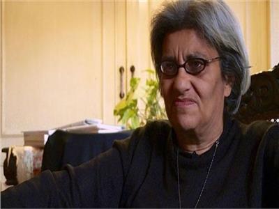 نُشطاء: ليلى سويف تسعى للحصول على تعويض من جهات خارجية بـ«فبركة»
