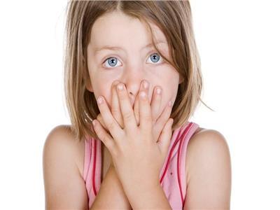 استشاري حساسية يوضح أسباب قرح الفم عند الأطفال