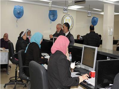 خدمة 5 نجوم في 7 مراكز تموين بالإسكندرية