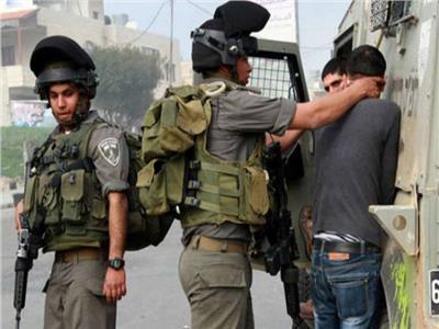 الاحتلال الاسرائيلي يعتقل 15 فلسطينيًا بالضفة الغربية