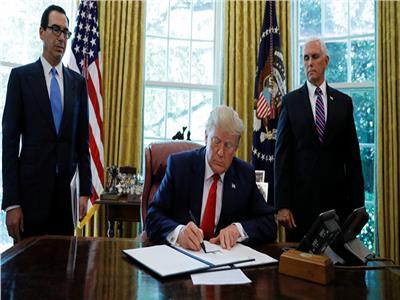 بينها بلد عربي.. ترامب يخطط لحظر دخول مواطني 7 دول لأمريكا