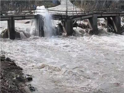 فيديو  ارتفاع حصيلة ضحايا عاصفة جلوريا في إسبانيا إلى 11 قتيلًا
