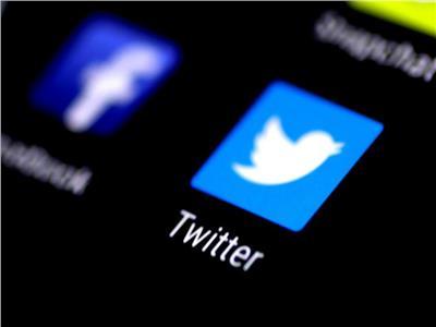 اختراق حسابي فيسبوك وماسنجر على «تويتر»