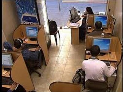 غول يطارد الطلاب.. «مقاهي الإنترنت» في قفص الاتهام