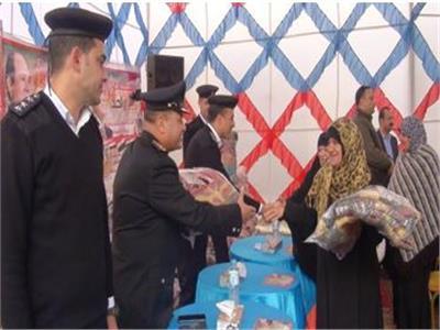 صور| «الداخلية» توجه مساعدات للأهالي في سيناء ودمياط