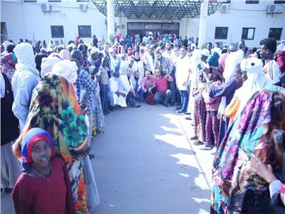 نائب رئيس جامعة الأزهر: الطيب أوصى بفقراء أفريقيا.. وقافلة تشاد امتداد لمبادرة السيسي