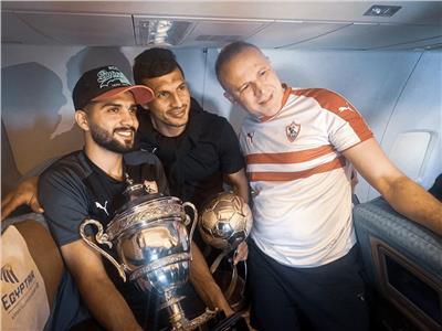 بث مباشر  لحظة وصول لاعبو الزمالك بكأس السوبر للقاهرة