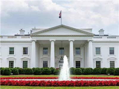 البيت الأبيض: أمريكا تحتاج إلى تمويل لحماية الأمريكيين من كورونا