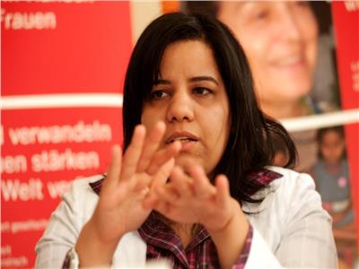 «قصة حب» أماني التونسي تتصدر مؤشرات بحث جوجل