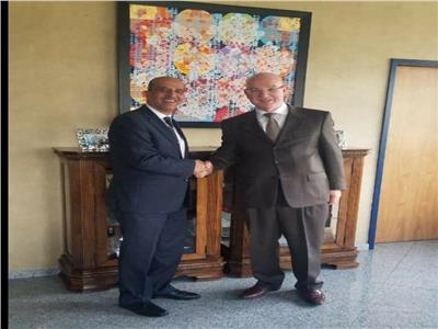 سفير مصر في أثيوبيا يلتقي مفوض الاتحاد الإفريقي للسلم