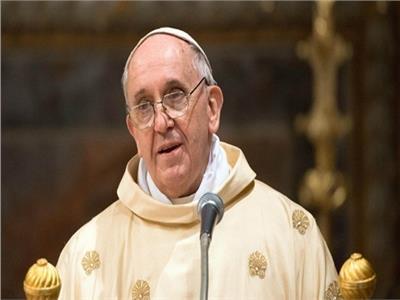 بابا الفاتيكان متوعك لليوم الثاني.. والعمل لم يتأثر