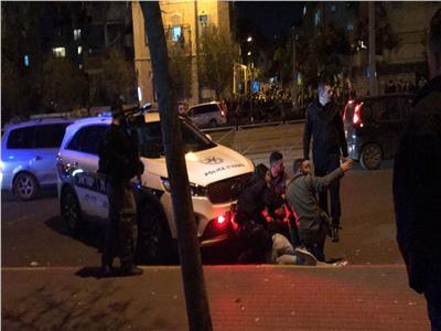 الاحتلال يعتقل 4 مقدسيين أثناء تعقيمهم مرافق قرب المسجد الأقصى