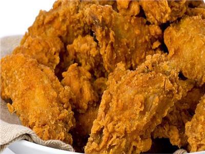 طبق اليوم.. «بروستد الدجاج» على طريقة المطاعم