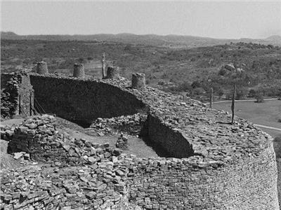 حكايات| استراتيجية الأرض المحروقة.. كيف تعاملت الحضارات القديمة مع الأوبئة؟