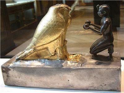 حكايات| «طهارقة».. فرعون أسمر انحاز للفن وحمى «أورشليم»