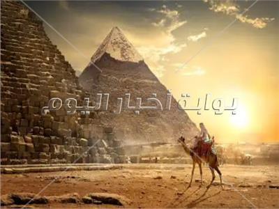 خبير آثار: «قراقوش» بريء من نزع أحجار الهرم لبناء القلعة