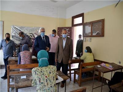 «الهجان» يتفقد لجان امتحانات الثانوية العامة بالقليوبية