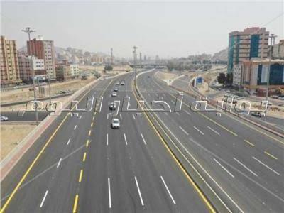 8 حارات.. وزير النقل يكشف مستجدات تطوير الطريق الدائري حول القاهرة
