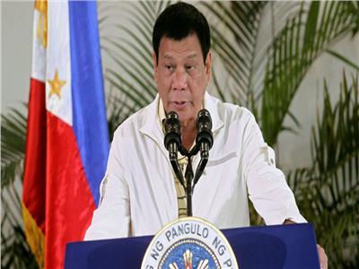 """الرئيس الفلبيني: طلبت من الرئيس الصيني منح بلادنا الأولوية في الحصول على لقاح """"كورونا"""""""