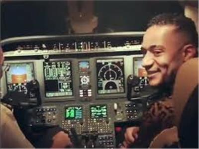 إحالة دعوى تعويض الطيار الموقوف بـ25 مليون جنيه من محمد رمضان إلي الخبراء