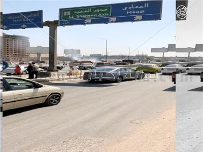 فيديو| انتظام الحركة المرورية أعلى الدائري بعد حادث انقلاب سيارة مواد بترولية واحتراق عدة سيارات