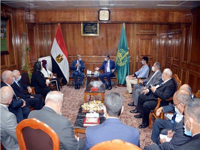 محافظ القليوبية يوقع بروتوكول تعاون مع البنك الزراعي المصري