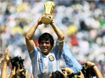 «فيفا» ينشر أفضل لحظات مارادونا خلال كأس العالم