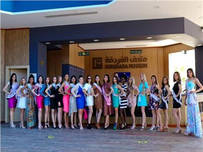 ملكات جمال العالم للمراهقات يوجهون رسالة دعم للسياحة المصرية