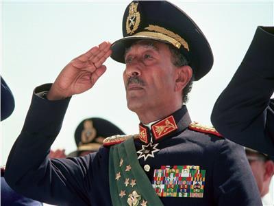 فيديو| اليوم.. ذكرى ميلاد بطل الحرب والسلام الرئيس الراحل أنور السادات