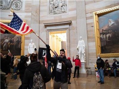 القضاء الأمريكي يكشف وجود «ترسانة» أسلحة بمحاذاة الكونجرس