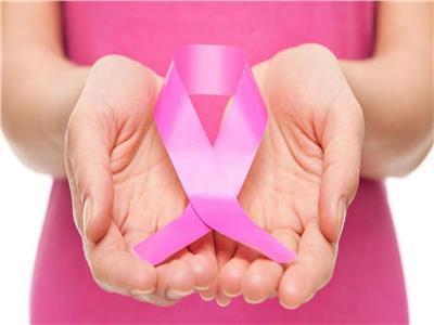 للسيدات.. هذه العلامات الأولى لـ «سرطان الثدي» احذريها