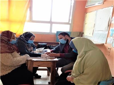 قوافل طبية وبيطرية واجتماعية بمركزي السنطة وقطور بالغربية