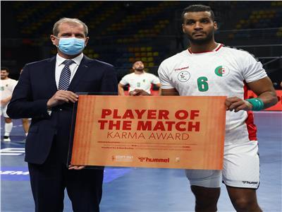 مسعود بركوس نجم الجزائر أفضل لاعب في مباراة فرنسا ببطولة اليد