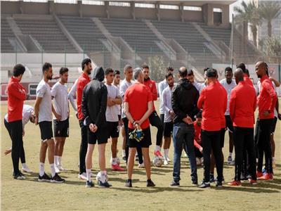 مسحه طبية للاعبي الأهلي قبل لقاء الدراويش