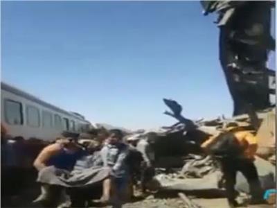 وصول مصابي حادث قطار سوهاج للأقصر