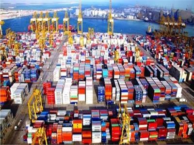 النقل الدولي واللوجستيات تبحث سبل تمويل «سلاسل الإمداد»لدعم شركات الشحن