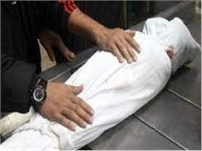 مصرع طفلة سقطت من أعلي منزلها في سوهاج