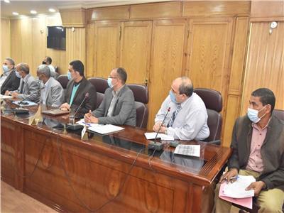 سعد: تشكيل لجان لتوفير الأراضي المطلوبة لتنفيذ مشروعات تطوير القرى