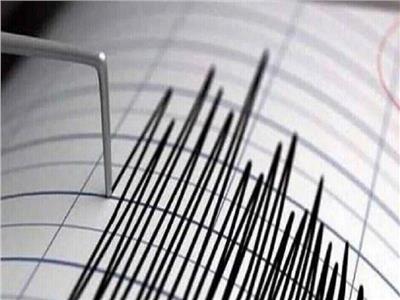 زلزال بقوة 5.9 يضرب جزيرة جاوة الشرقية بإندونيسيا