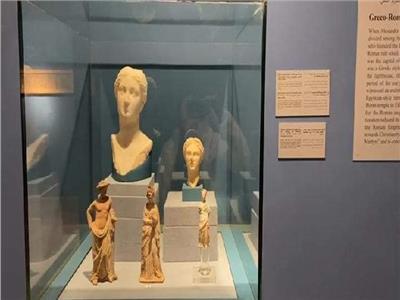 مساعد وزير الآثار يزور متحف مطار القاهرة تمهيدا لافتتاحه قريبا   صور