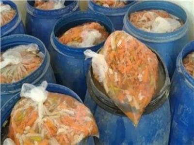 ضبط 22 طن مخللات فاسدة قبل بيعها في المنوفية
