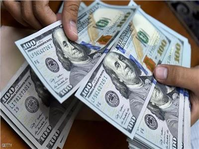 سعر الدولار مقابل الجنيه في البنوك بداية تعاملات اليوم