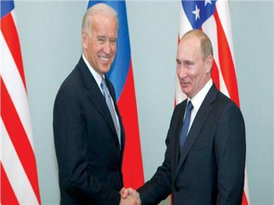 بايدن يقترح على بوتين عقد قمة ثنائية خلال الأشهر المقبلة في دولة ثالثة